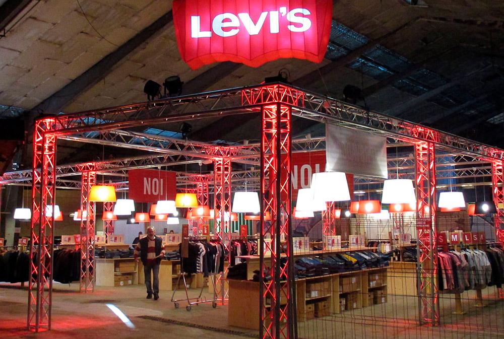 Pop up Store Levis REC Esperimental Stores